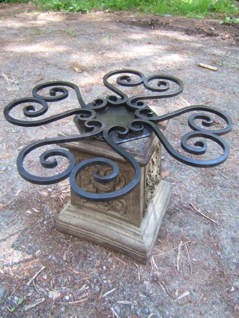 Octagonal Mandala Table Base